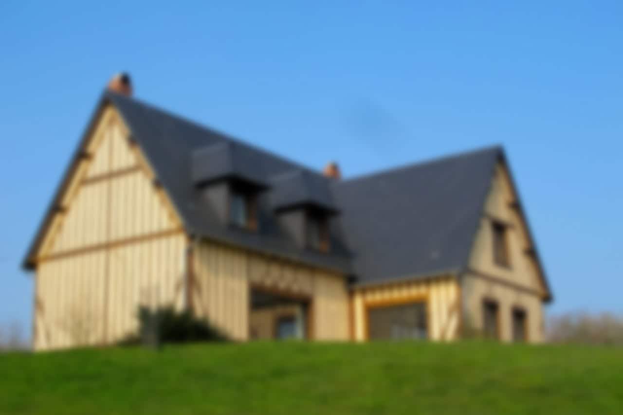 Maison normande à deux étages et trois niveaux, une réalisation GERBAT