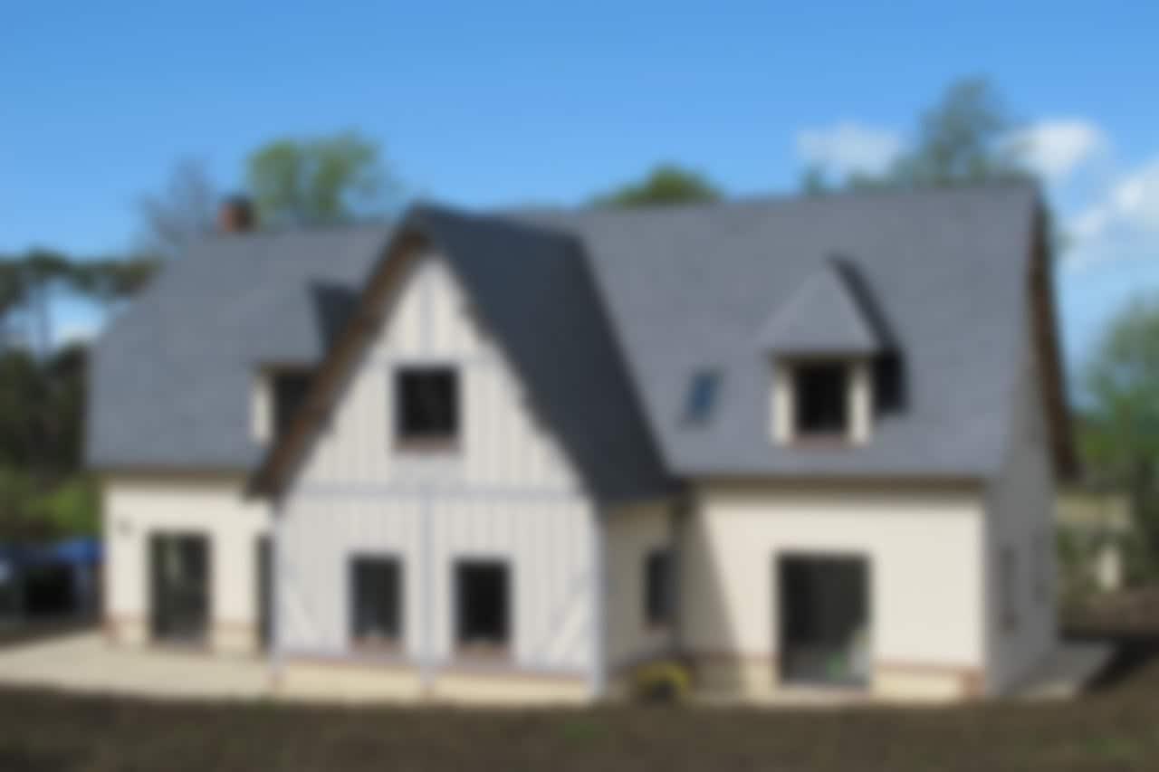 Maison à queue de geai et modénature colombages, une réalisation GERBAT